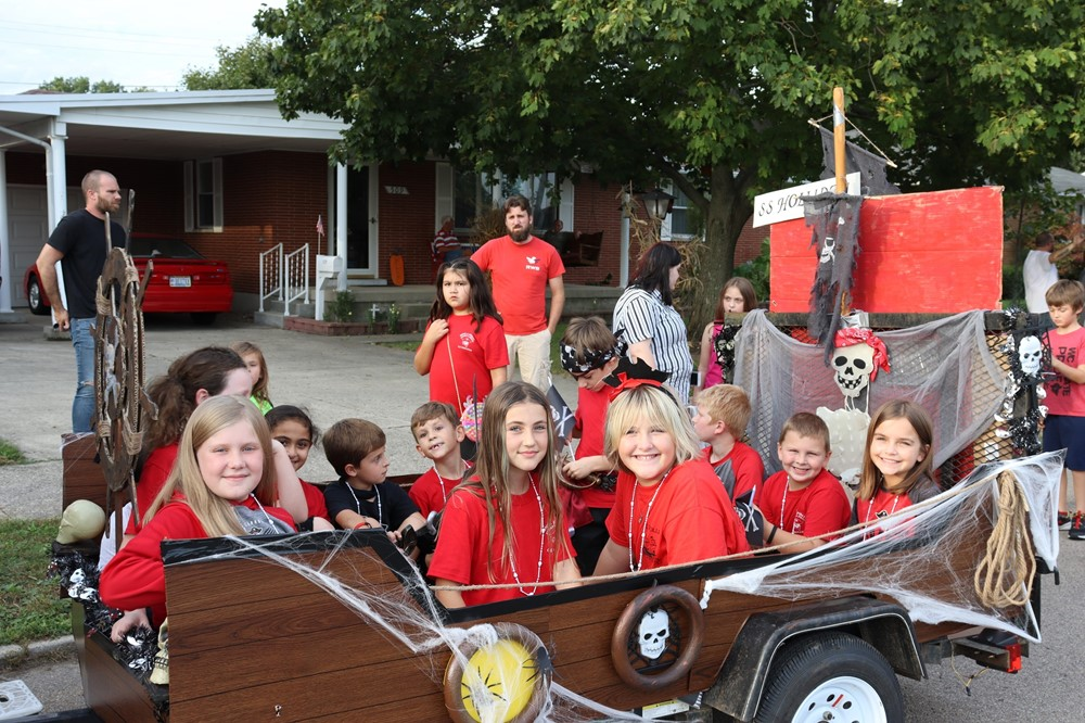 Holliday Parade Float